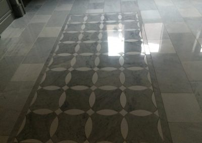 tile floor installation-close up of a shiny tiled floor
